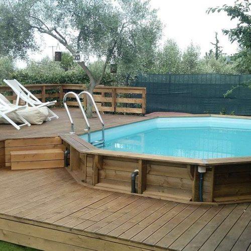 Πάτωμα ξύλινης πισίνας